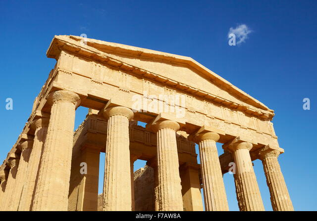 Temple of Concordia, Valley of Temples (Valle dei Templi), Agrigento, Sicily, Italy UNESCO - Stock Image