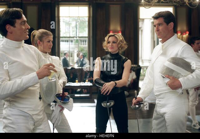 TOBY STEPHENS ROSAMUND PIKE MADONNA & PIERCE BROSNAN JAMES BOND: DIE ANOTHER DAY (2002) - Stock Image
