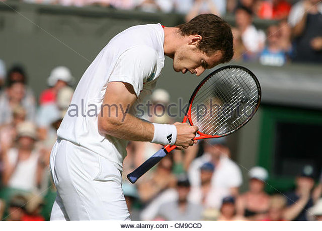 28/06/2012 - Wimbledon (Day 4) - Ivo KARLOVIC (CRO) vs. Andy MURRAY (GBR) - Andy Murray celebrates - Photo: Simon - Stock-Bilder