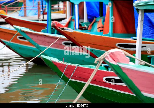 Wooden boats on Thu Bon River, Hoi An, Vietnam - Stock-Bilder