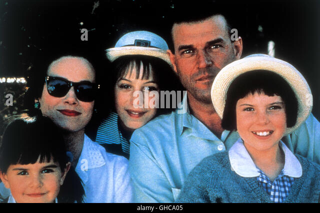 an analysis of the film a world apart by chris menges A world apart  is a film by chris menges ( 1988 ) the actress ( diana roth in the film ) won the price for best actress the story takes place in 1963 in the residential suburbs of johanesburg while apartheid was practiced.