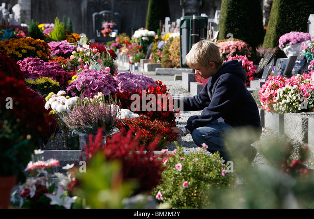 Cemetery on All Saints' Day, Chedde, Haute Savoie, France - Stock Image