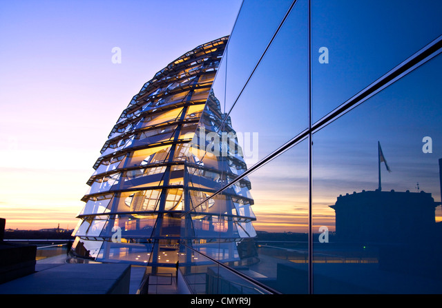 Reichstag buidling roof terasse cupola by Sir Norman forster at twilight, Berlin, Germany, Europe - Stock Image