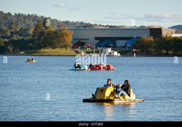 Paddleboat Stock Photos Amp Paddleboat Stock Images Alamy