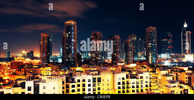 Panoramic image of Dubai downtown at night - Stock Image