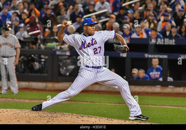 Flushing, New York, USA. 5th Oct, 2016. Jeurys Familia (Mets) MLB : Jeurys Familia of the New York Mets pitches - Stock Image
