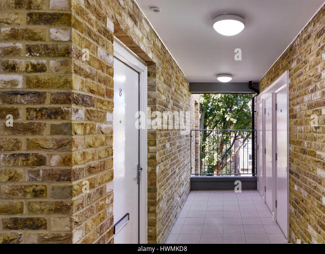Corridor. Florence Road, London, United Kingdom. Architect: Bell Phillips Architects, 2016. - Stock-Bilder