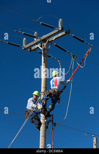 how to become a lineman in michigan