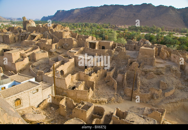 The old ruined town (ksour) of Djanet, Southern Algeria, North Africa, Africa - Stock Image