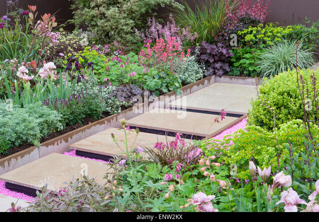 Planting box stock photos planting box stock images alamy for Pip probert garden designer