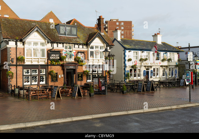 The Jolly Sailor and The Lord Nelson pubs on Poole's harbour front - Stock Image