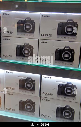 Thailand Bangkok Pathum Wan Rama 1 Road MBK Center centre complex mall shopping camera store Canon 6D boxes - Stock Image