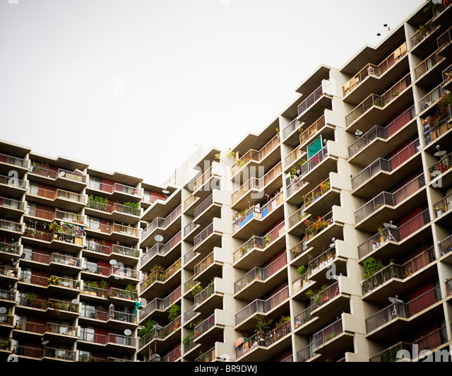 Iamge stock photos iamge stock images alamy for Highrise apartments in los angeles