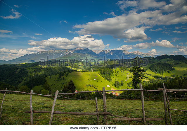 Idyllic view of rolling landscape - Stock Image