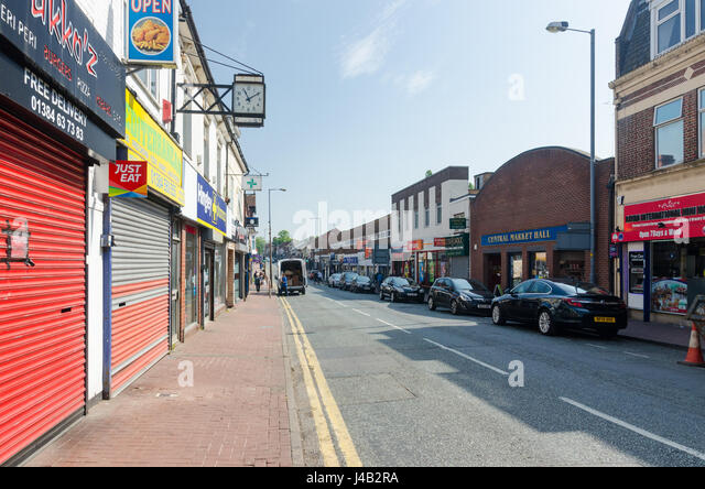 Depressed High Street in the Black Country town of Cradley Heath - Stock Image