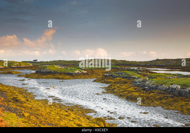 Tranquil view of craggy rocks and water, Harris, Outer Hebrides - Stock Image