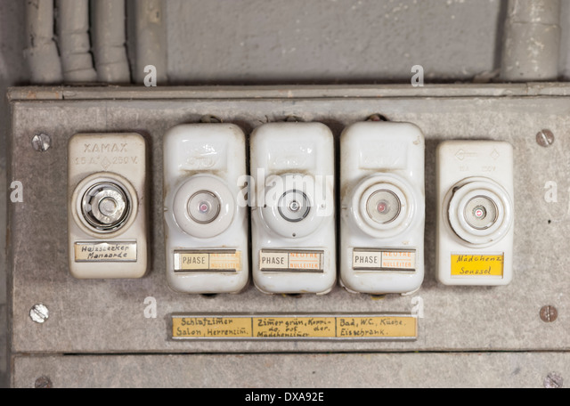 fuses fuse box stock photos fuses fuse box stock images alamy