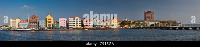 Curacao, Caribbean island, Willemstad. Punda quarter. Historic houses on waterfront. - Stock Image