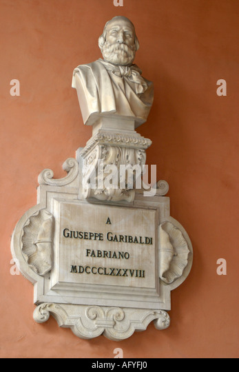 Wall plaque of Giuseppe Garibaldi  1807-1882 in the town center of Fabriano, Le Marche Italy - Stock Image