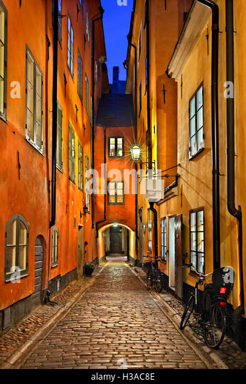 Walking in the picturesque alleys of  Gamla Stan, the 'old town' of Stockholm, Sweden. - Stock Image