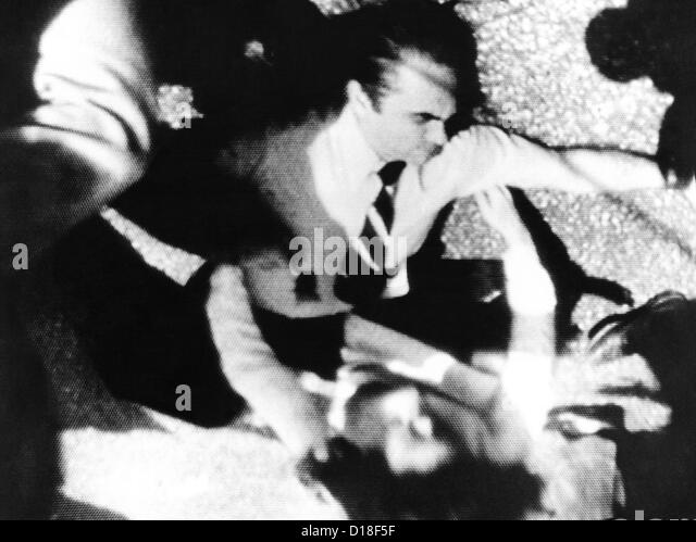 george-wallace-was-shot-four-times-by-ar