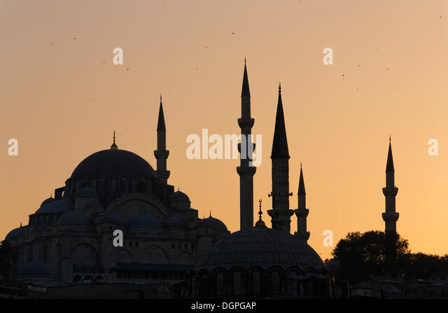 Süleymaniye Mosque, Suleiman Mosque, with Rüstem Pasha Mosque in the front, Istanbul, european side, Turkey, - Stock Image