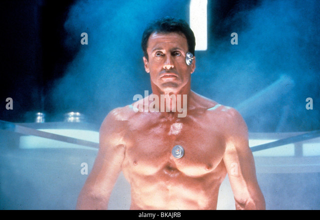 DEMOLITION MAN (1993) SYLVESTER STALLONE DMM 055 - Stock Image