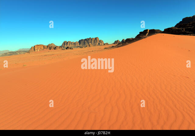 Beautiful desert scenery in Wadi Rum, Jordan. - Stock Image