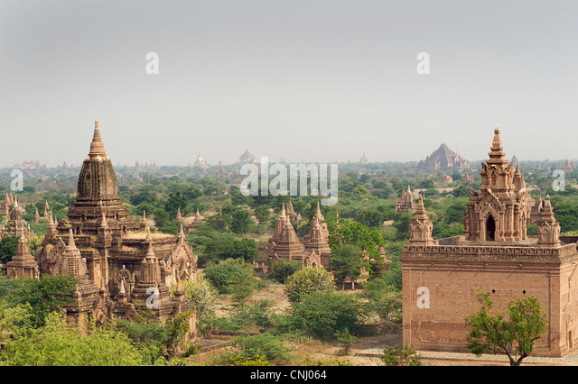 View across the Plains of Pagan from Dhammayazika paya. Burma. Bagan, Myanmar - Stock-Bilder