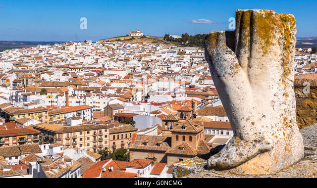 Antequera, Malaga Province, Andalusia, southern Spain.  Remains of statue on top of Arco de los Gigantes (Arch of - Stock Image