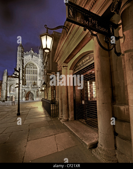 City of Bath, Pump Room and Abbey at Dusk Uk GB - Stock Image