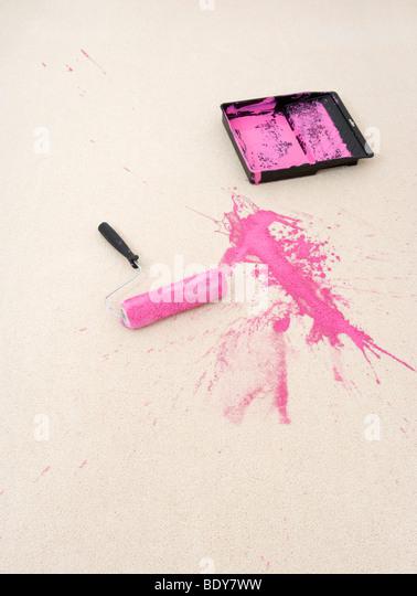 Paint tray dropped on carpet - Stock-Bilder