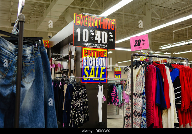 Miami Florida Aventura Loehmann's inside interior going out of business sign 10% 40% off discount clothing - Stock Image
