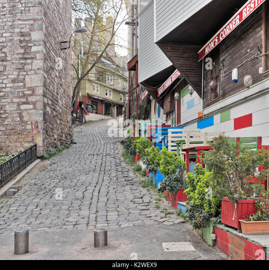 Istanbul, Turkey - April 16, 2017: Traditional small restaurant beside Gulhane Park, Sultan Ahmet district, Istanbul - Stock Image