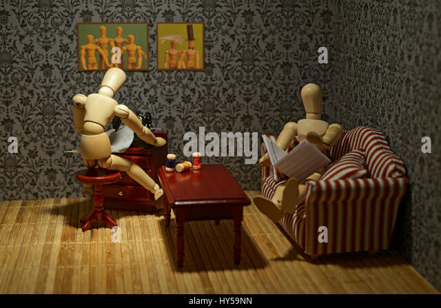The life of the wooden figures - Family living, everyday life - Stock-Bilder