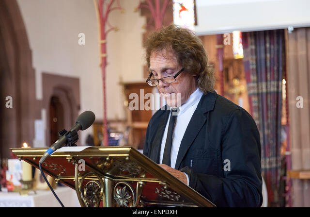 Holy Trinity Church, Chesterton, UK. 8 May 2015. Former Stoke City, Everton and Aston Villa footballer Mike Pejic - Stock Image