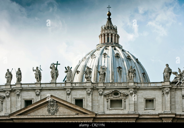 Statues of St Peters Square in Rome - Stock Image