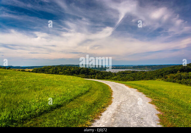 Trail and view of the Susquehanna River from High Point in Eastern York County, Pennsylvania. - Stock Image