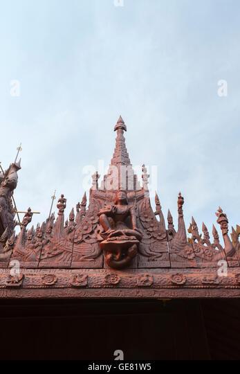 Kyaung Shwe In Bin teakwood temple and monastery, Mandalay, Myanmar - Stock-Bilder
