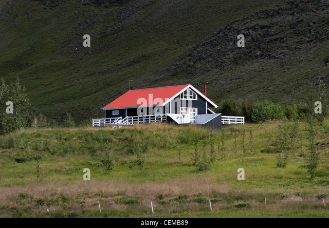 Iceland house grass stock photos iceland house grass for Iceland lonely house