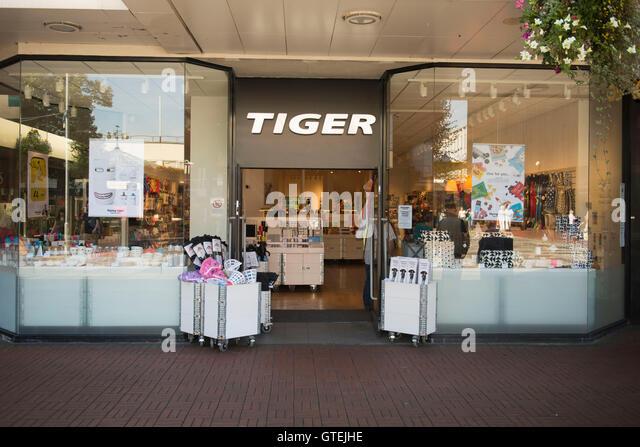 tiger logo stock photos tiger logo stock images alamy. Black Bedroom Furniture Sets. Home Design Ideas