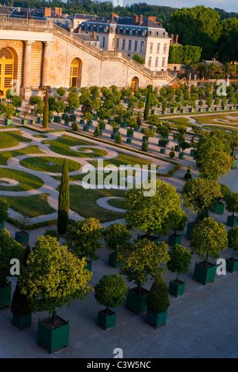 Orangery park castle versailles stock photos orangery for Jardin chateau de versailles