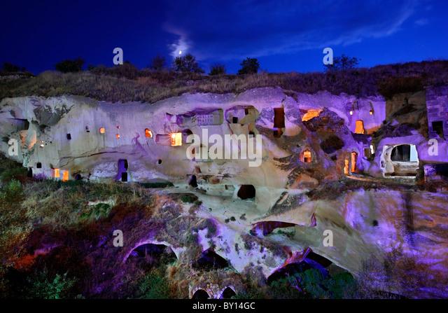 Cappadocia. Some 'cavehouses' (rock cut) in a beautiful valley next to Ayvali village. - Stock-Bilder