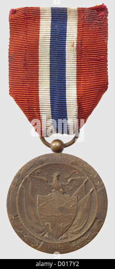Medal of Solidarity, World War I period, in bronze, with officer's ribbon, diameter 36mm. Rare, - Stock Image