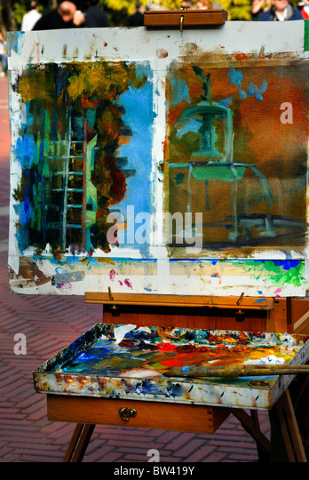 The palette of an artist painting the fountain and boat house in Central Park, Bethesda Terrace, New York city. - Stock Image