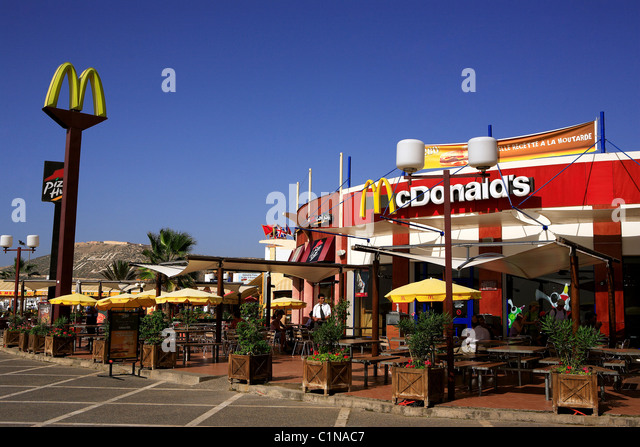 Mcdonalds beach stock photos mcdonalds beach stock for Agadir moroccan cuisine aventura fl