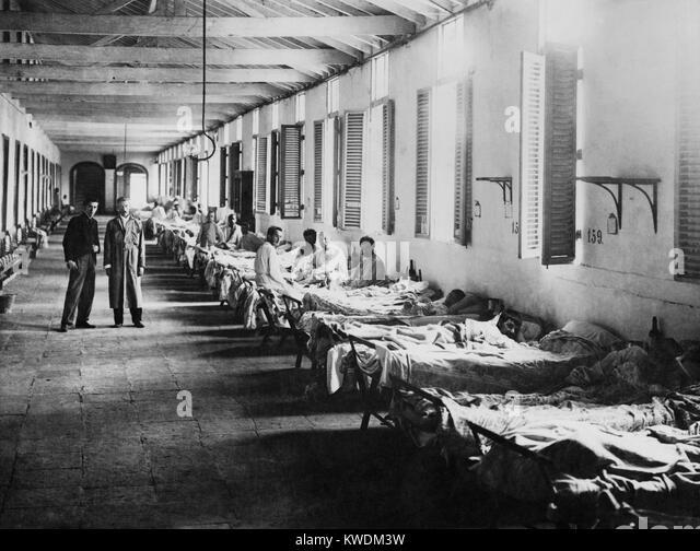 Mens ward in a yellow fever hospital, Havana, Cuba, ca. 1899 (BSLOC_2017_10_59) - Stock Image