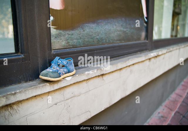 Abandoned Shoe Stock Photos Amp Abandoned Shoe Stock Images