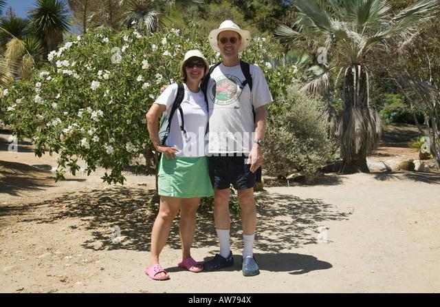 Couple in Desert Garden Balboa Park, San Diego, California, USA - Stock-Bilder