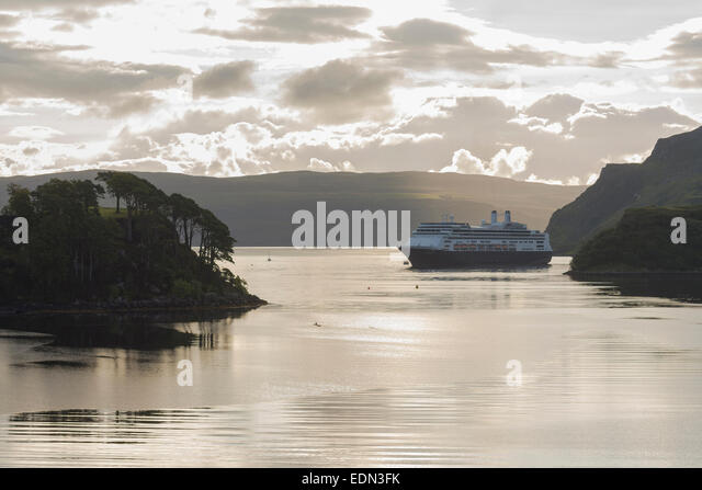 cruise liner moored at portree skye - Stock Image